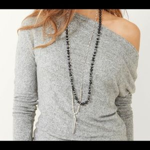 Stella and Dot Rayna Pendant necklace